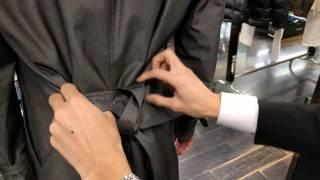 [風衣腰帶綁法教學]BLACK LABEL CRESTBRIDGE トレンチコート ベルト 店員の結び方教學