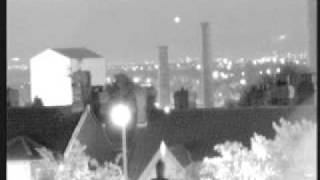 ufo,s over st helens / merseyside  ufo vs chinese lanterns