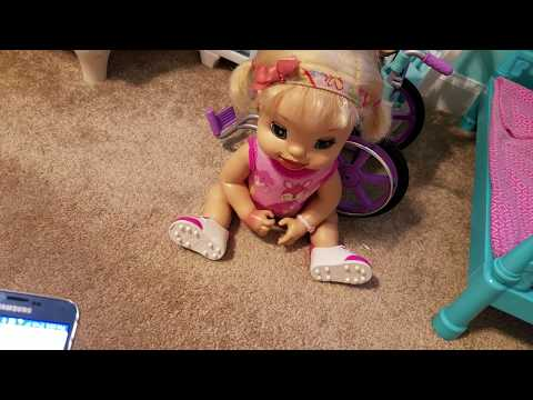 Baby Alive Elley Gets  Scary Text Messages (READ THE DESCRIPTION)