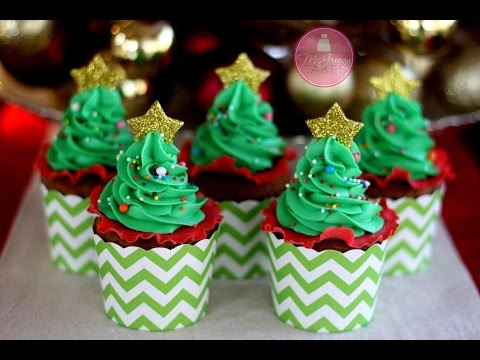 3a553b6af13 How to Make EASY Christmas Tree Cupcakes!