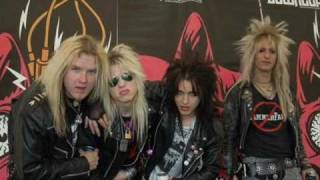 Watch Crashdiet Miss Pain video