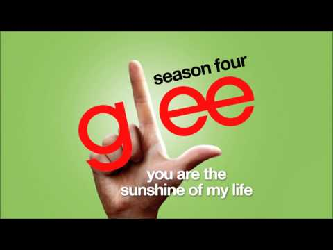You Are the Sunshine of My Life - Glee [HD FULL STUDIO]