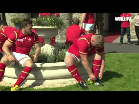 Behind the Wales Rugby World Cup squad photoshoot   WRU TV