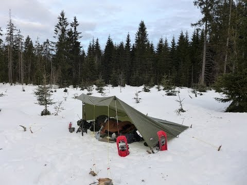 Winterbiwak - Gapahuk Tarp & Daunenschlafsack in der Kälte