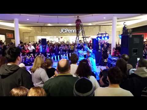 Recycled Percussion at Mall of New Hampshire 01/05/2015 - clip 1/7
