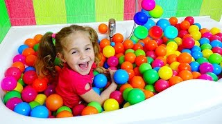 Nadia play with color balls / Color song for kids from ABC Baby Show