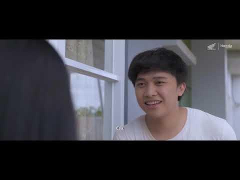 Download Tetanggaku Idolaku, (FILM Makassar)