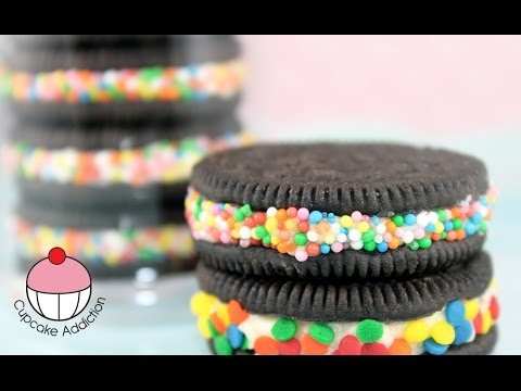 "Super Simple ""Bling"" Oreo Cookies by Cupcake Addiction"