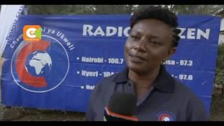 Mashabiki Sugu  Wa Radio Citizen Walitunukiwa Zawadi Ya Tiketi Ya Bure Kusafiri