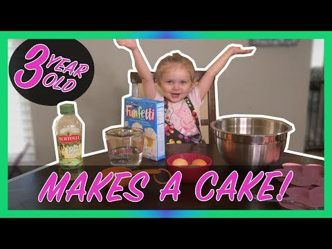 3 Year Old Kid Chef Bakes A Cake! Children and Kids Cooking - How to make a Pillsbury Cake!