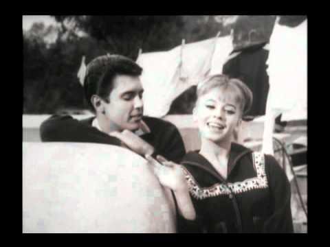 Alberto Vazquez-Patricia Conde Uno para todas.avi