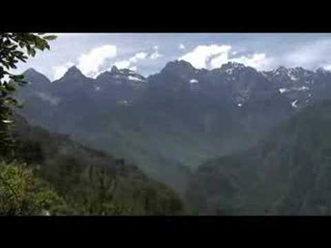 Voyage en Chine Gorges du saut du Tigre & Yangzi Yunan Maryse & Dany © Youtube