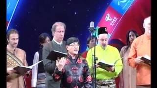 United Nations Singers: Zai Na Yao Yuan De Di Fang [China]