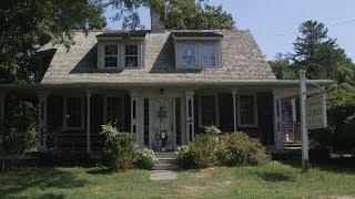Visiting the Edward Gorey House [547]