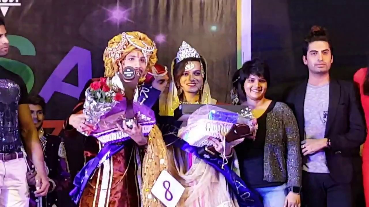COLOR POSITIVE's Ganga is Ms. Humsafar 2017 at Fashion show