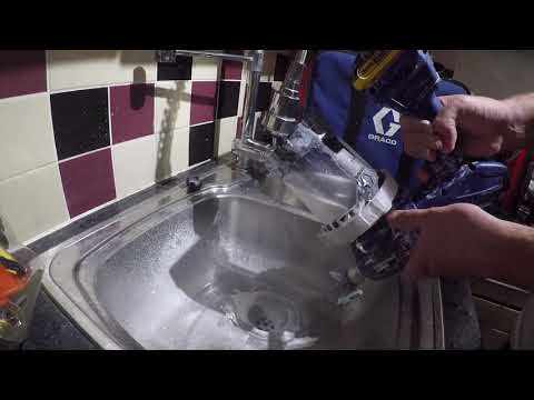 How to clean the Graco Ultra hand held airless sprayer