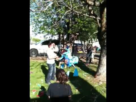 Rudy piñata