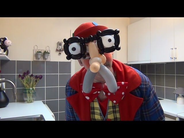 How to make a balloon mask