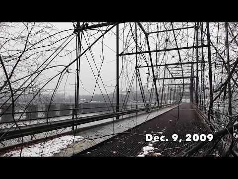 The Walnut Street Bridge floated away in 1996