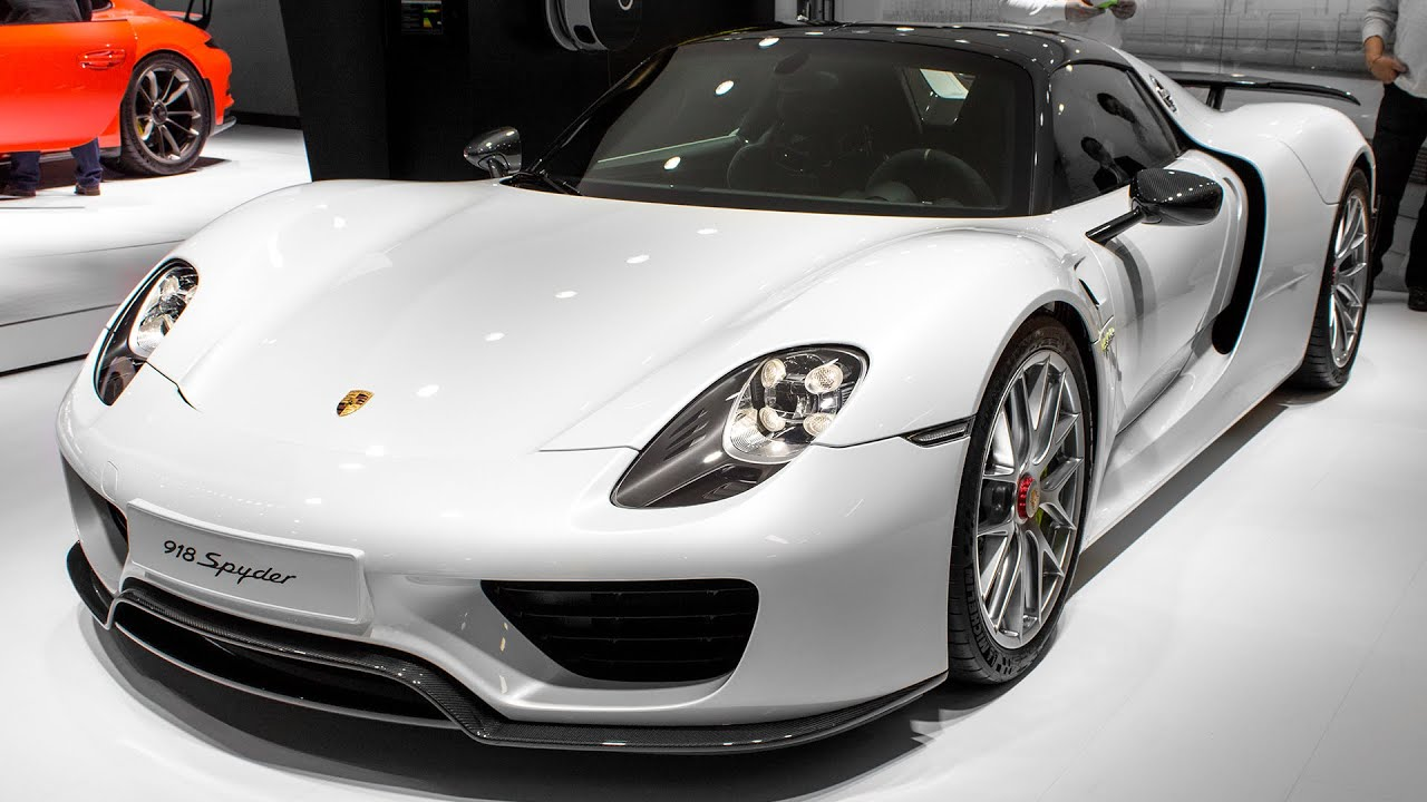 porsche 918 spyder weissach package geneva motor show. Black Bedroom Furniture Sets. Home Design Ideas