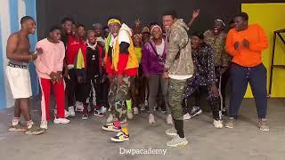Teni - Billionaire Dance Video