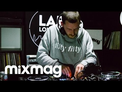 THROWING SNOW set in The Lab LDN