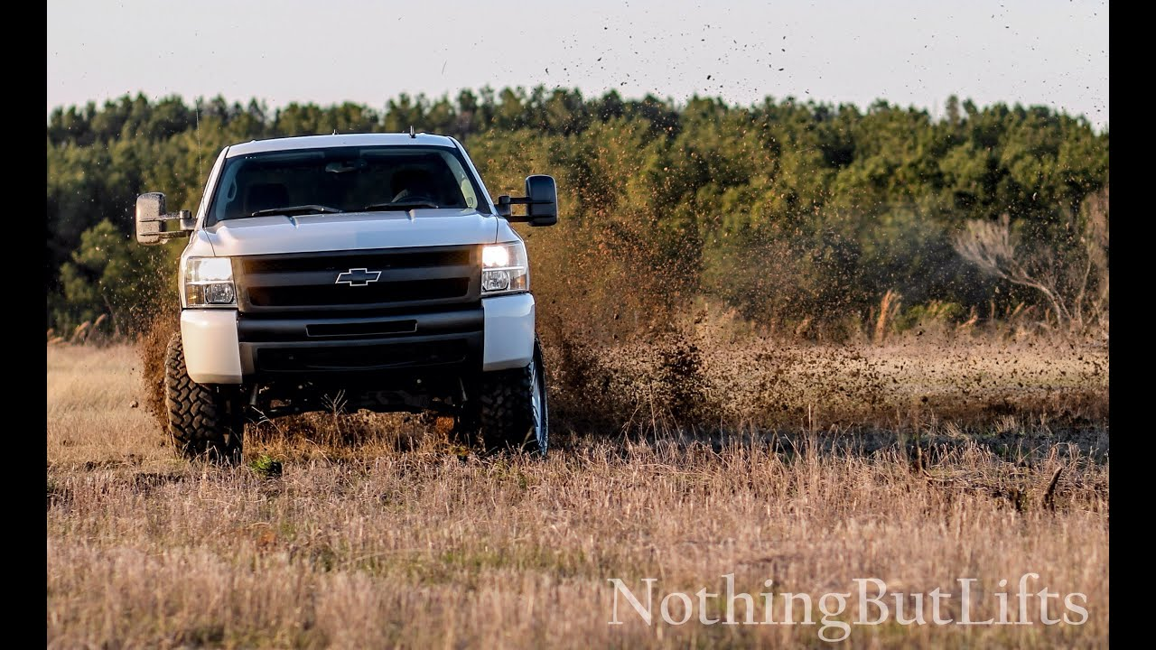 """2014 Silverado Lifted >> rough country 5"""" lift on 2008 Chevy - YouTube"""