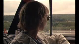 """Extrait des """"Amoureux"""" de Catherine Corsini (début du film, chanson de Nathalie Richard)"""