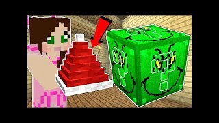 PopularMMOs Pat and Jen Minecraft: THE GRINCH LUCKY BLOCK!!! Mod Showcase