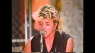 Stray Cats - Rock This Town (Live from Fridays, 1981)
