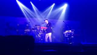 FUNNY/EMOTIONAL Mike Shinoda speech about Chester & Bangkok