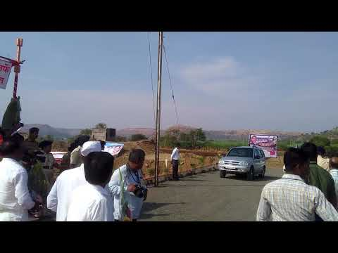 Cm devendra fadnavis with minister pankaja munde entry in kundlika dam wadvani
