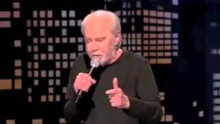 بالفيديو ..جورج كارلين لماذا تعجب من قطع رؤوس البشر؟