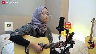 Regita Echa - Suci Dalam Debu - Cantik Berhijab ( Live AcousticCover).mp4