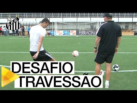 Desafio do travessão na Vila Belmiro