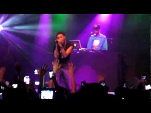 Diggy Simmons performing '4 Letter Word'