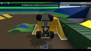Roblox Monster Jam Commentary #42 (GraveDigger35)