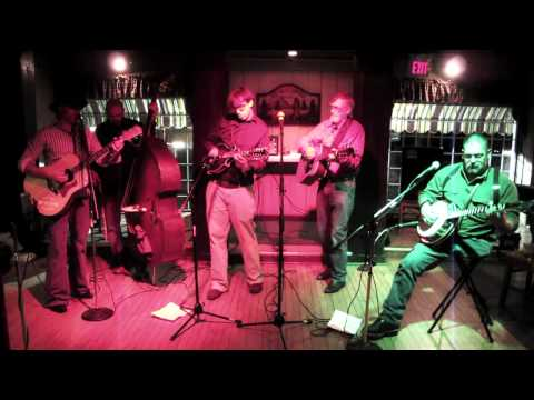 No Spare Parts Performs at the Wood River Inn