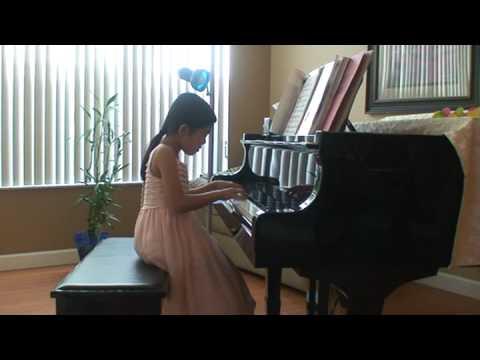Christine Tao Playing Tarantella by Linn
