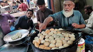 KHASTA KACHORI | Ramadan Street Food Kachori at Food Street of Karachi Pakistan