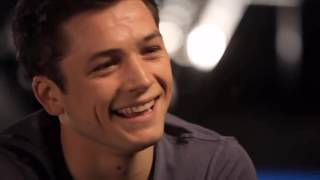 Taron Egerton being painfully attractive for 6 minutes straight