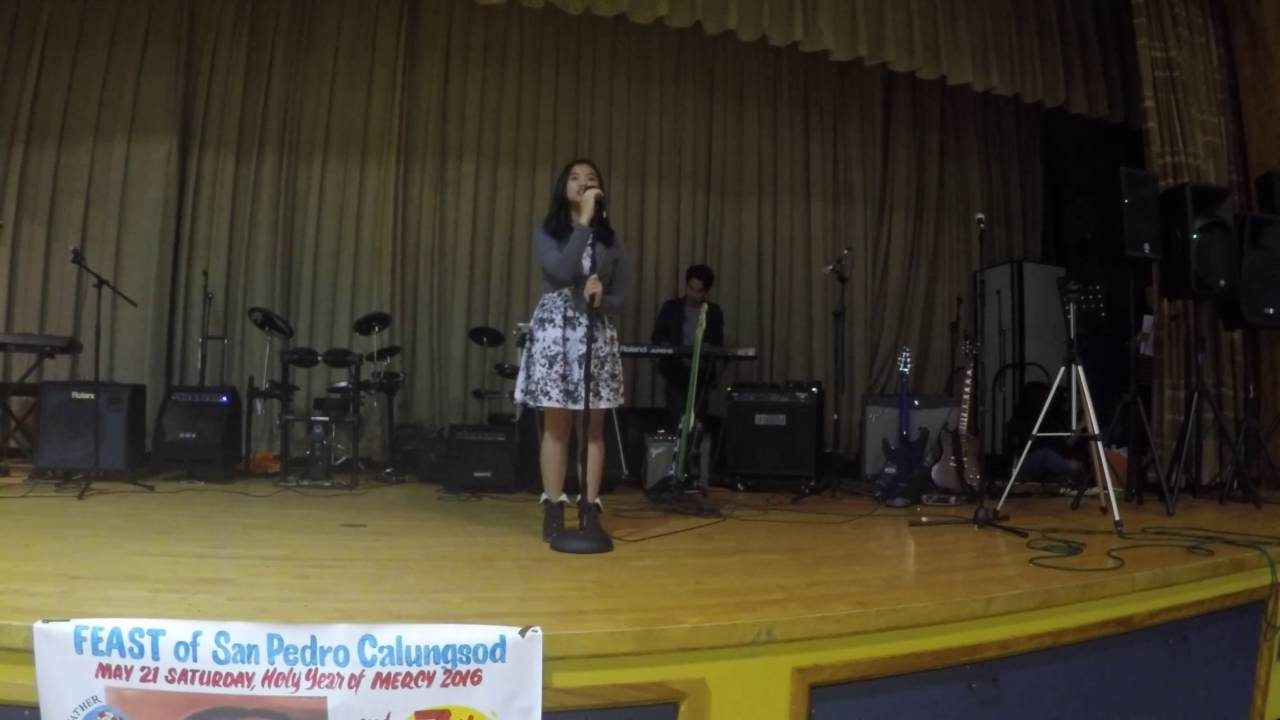 Sia Chandelier Cover song by Aina Urgel accompanied by Dennis ...