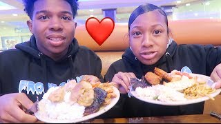MY SISTERS THOUGHTS ABOUT MY CRUSH *Mukbang* (Her Boyfriend Cheated On Her)