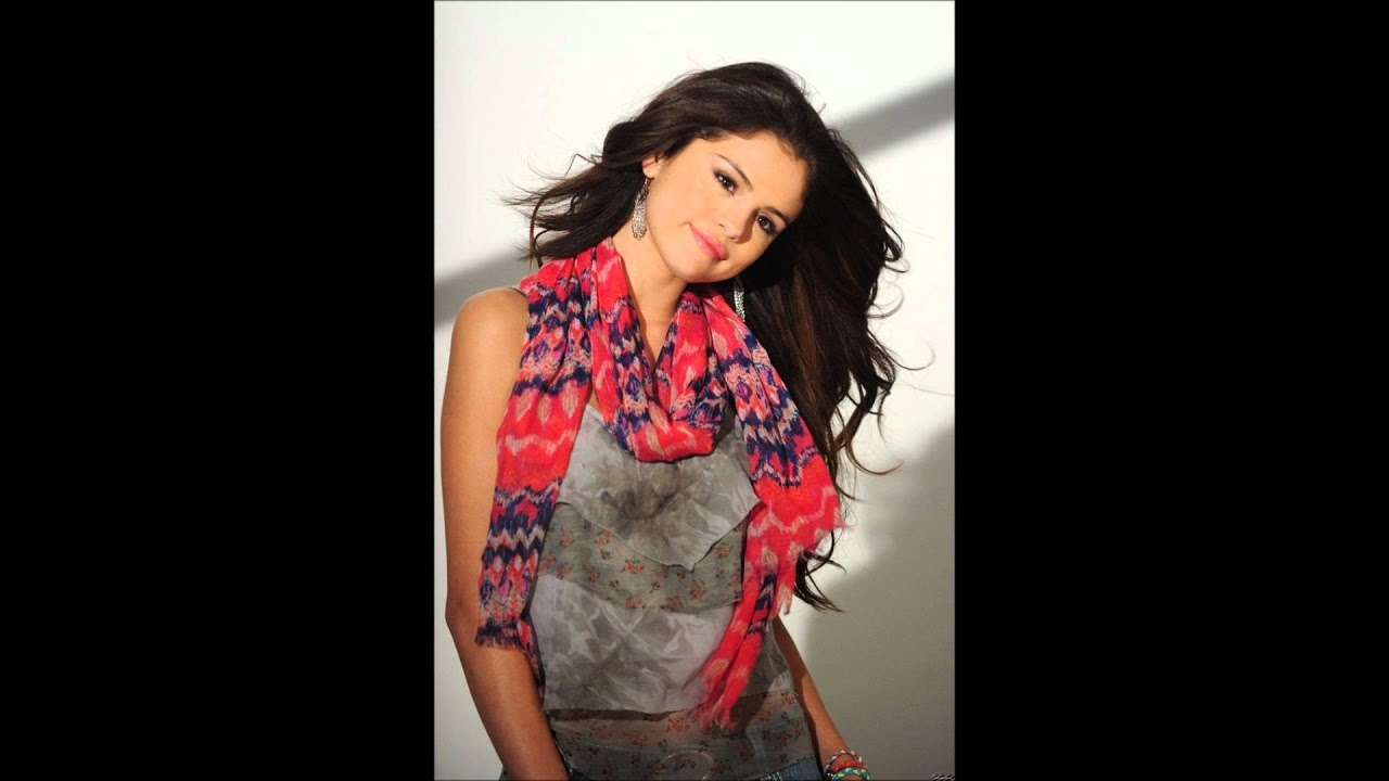 Selena Gomez: Behind The Scene Of Dream Out Loud