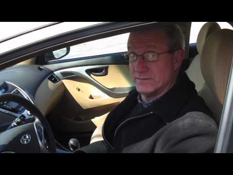 2011 Hyundai Elantra: Two Minute Review