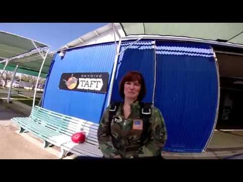 Jennifer McComb Skydive Taft.