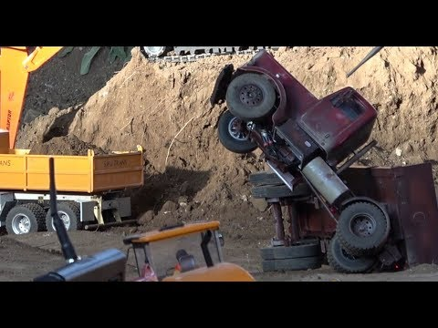 RC Truck fail, rescue, and nice scenes in slow motion