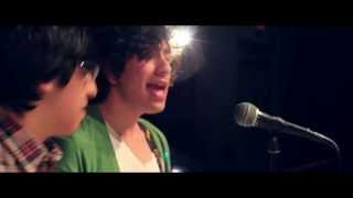 One Direction-Kiss You (Roma Cover)
