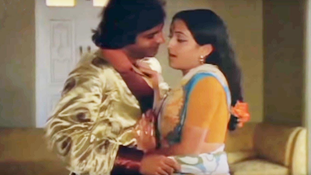 Download Jis Dware Par Ghar Ki Bahu - Bindiya Goswami | Lata Mangeshkar | Jeevan Jyoti | Bollywood Song