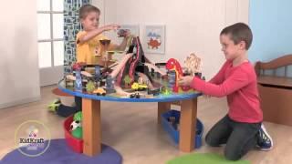 Kids Play  Dinosaur Train In A Train Set - Nice